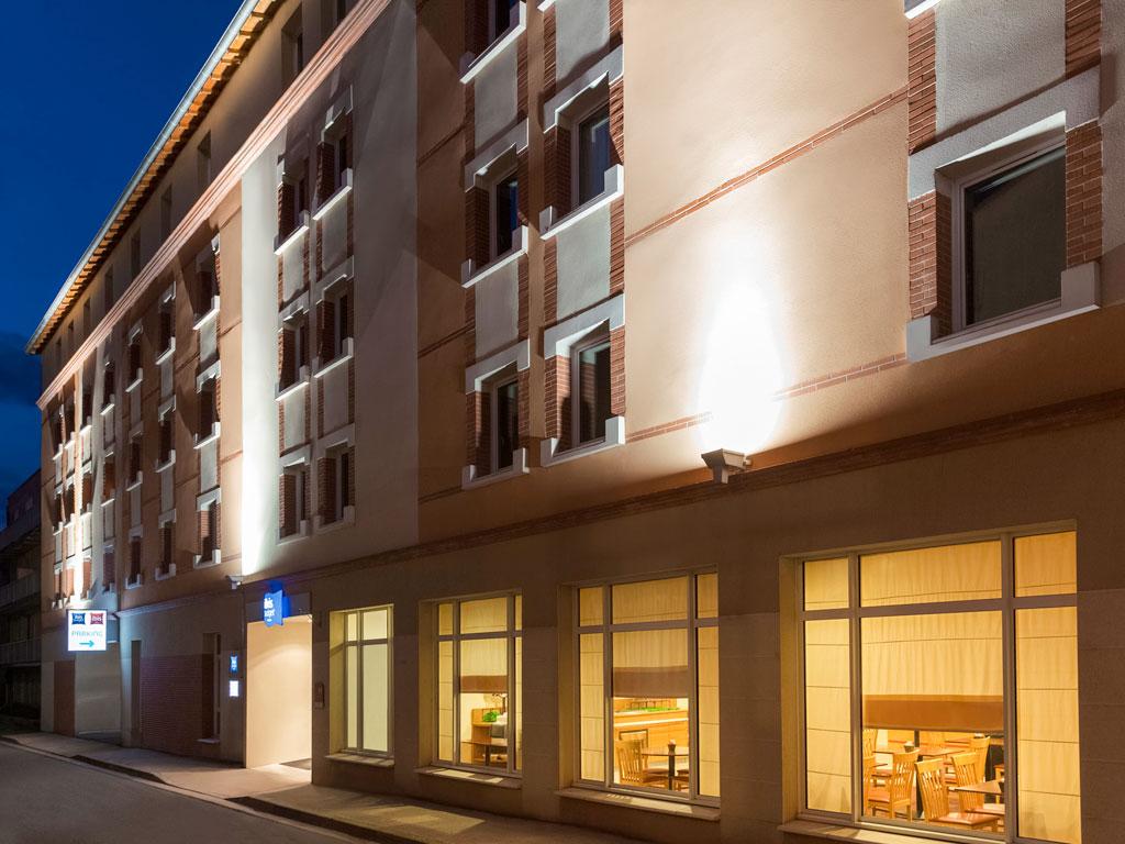 hotel ibis budget albi centre. Black Bedroom Furniture Sets. Home Design Ideas